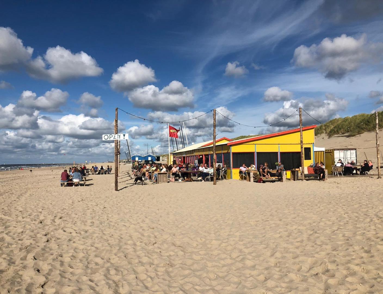 bedrijfsuitje strand